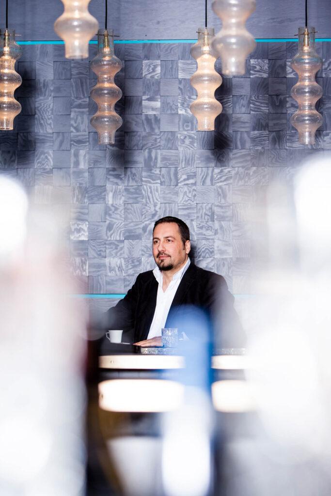 Alex Gernandt, Journalist, Autor